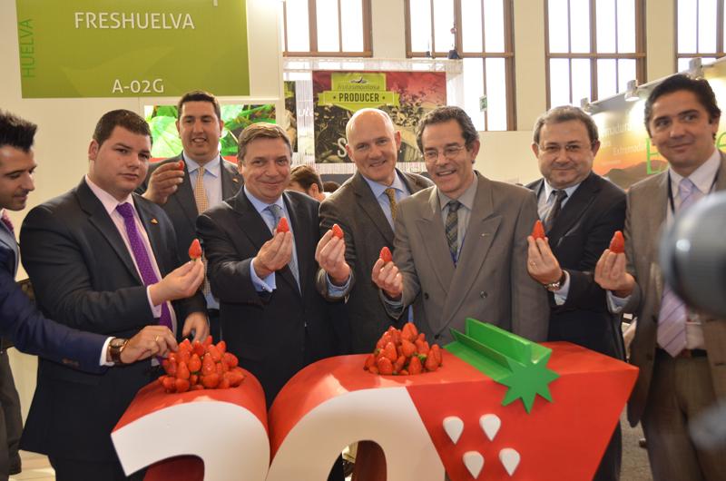 La asociación de empresas de frutos rojos de Huelva cumple 30 años