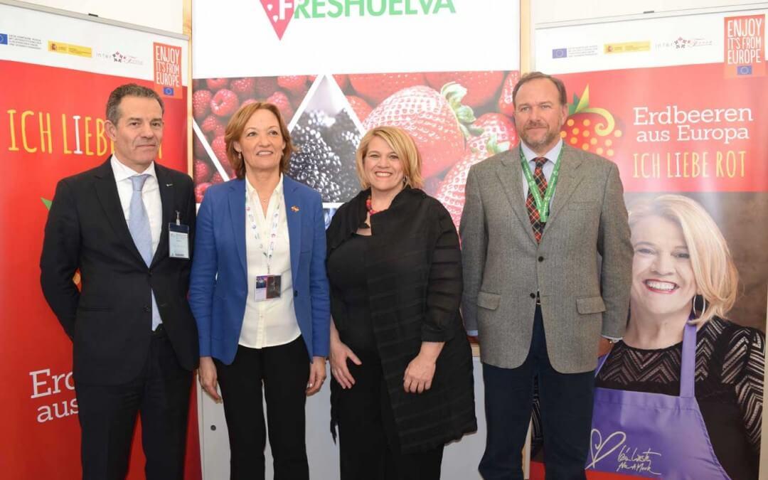 Freshuelva promociona el consumo de fresas onubenses en la Fruit Logística de Berlín