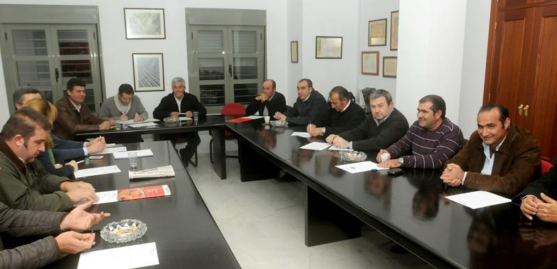 Alberto Garrocho, reelegido presidente de Freshuelva