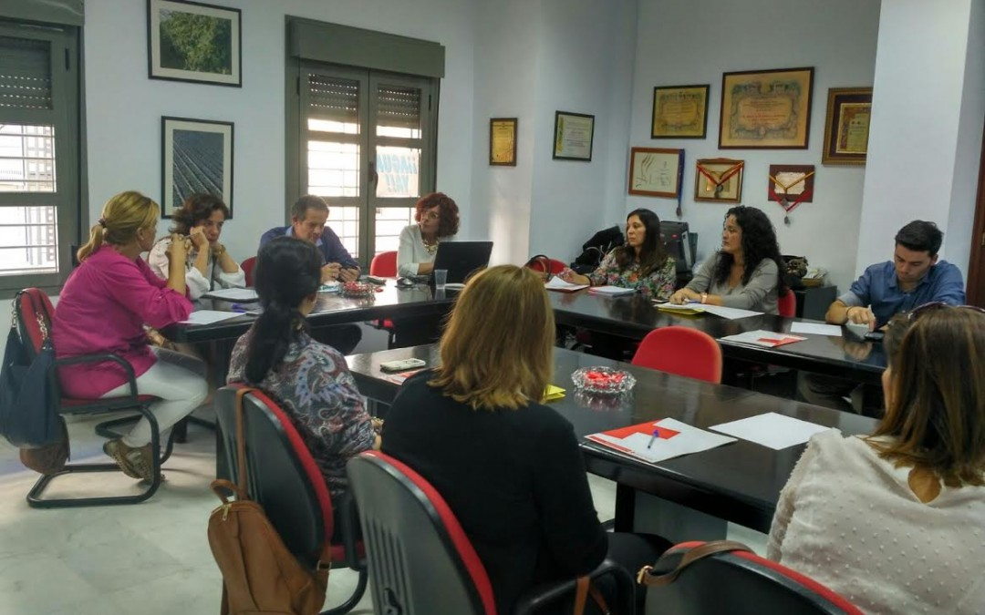 Freshuelva colabora con Cruz Roja en su Plan de Empleo