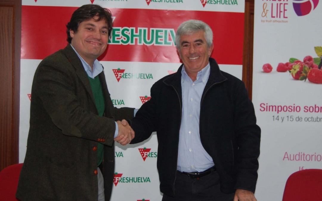 Freshuelva y Ecovalia-CAAE firman un acuerdo de colaboración para el desarrollo de la producción ecológica certificada