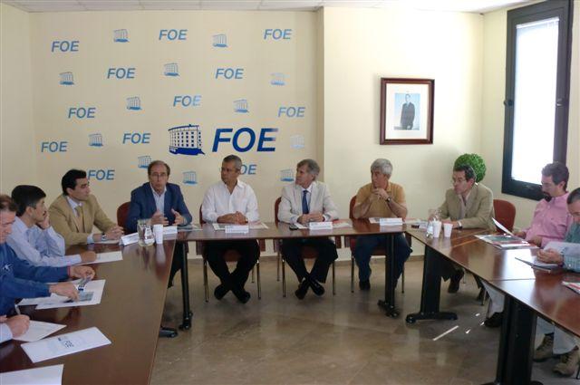 Empresarios mexicanos conocen el cultivo hidropónico en la fresa de Huelva