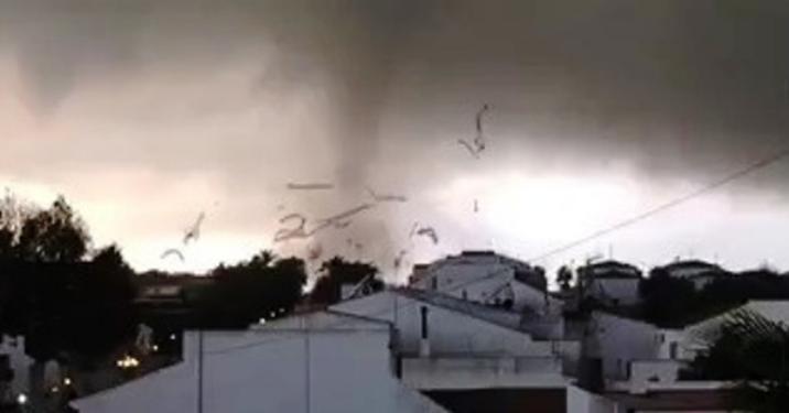 Evaluación de los daños provocados por el tornado en Palos de la Frontera