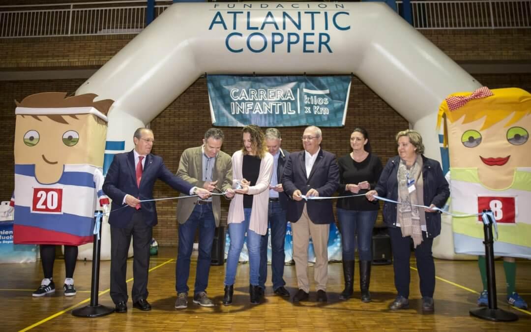 Freshuelva colabora con la carrera solidaria de la Fundación Atlantic Copper que recauda 1.100 kilos de alimentos