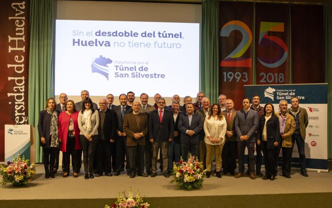 La Plataforma reúne a 29 entidades socioeconómicas para solicitar el desdoble del túnel de San Silvestre